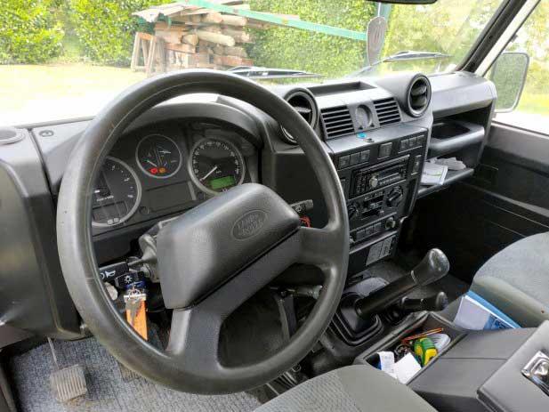 Prodaje se: Land Rover Defender